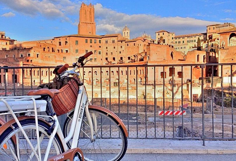 4. Turul Romei pe doua roti