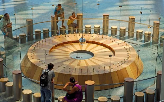 Vizitati muzeul stiintific