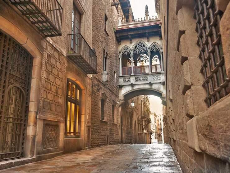 Plimbare prin Barri Gotic