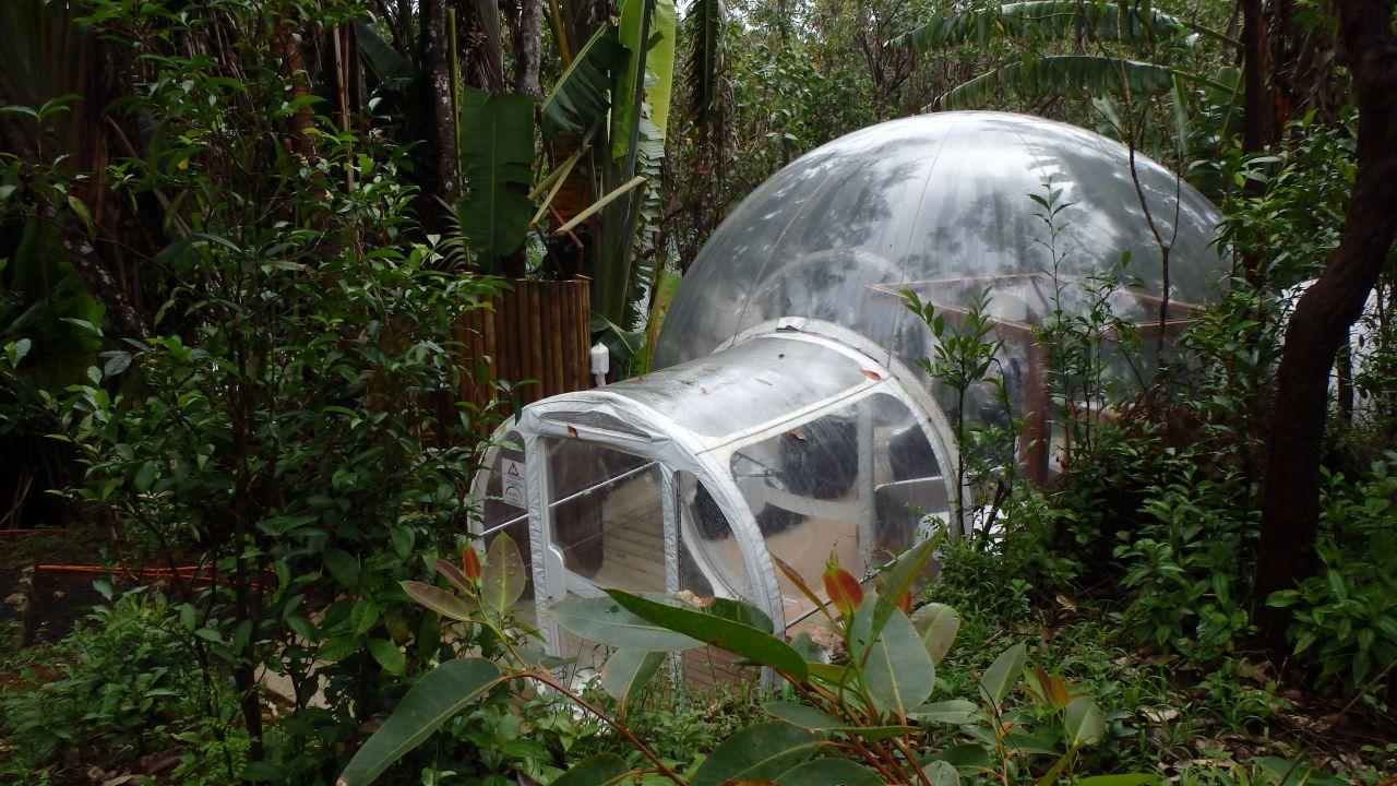 Stati intr-o casa Bubble